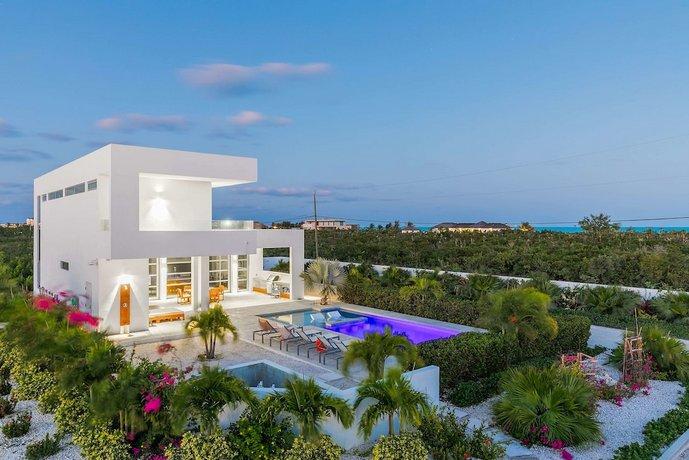 White Villas Providenciales