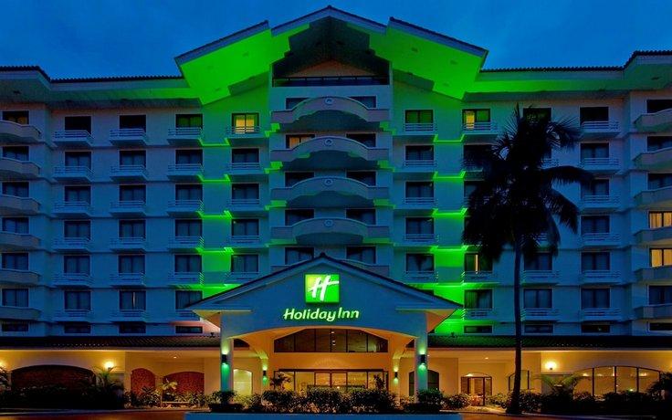 מלון הולידיי אין פנמה קנאל צילום של הוטלס קומביינד - למטייל (1)