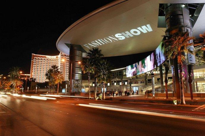 Treasure Island Pirate Show 2020.Ti Treasure Island Hotel Casino Las Vegas Compare Deals