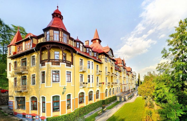 Grand Hotel Praha Tatranska Lomnica