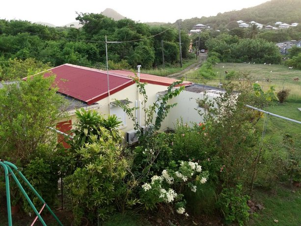 House With 2 Bedrooms in Sainte-anne With Enclosed Garden and Wifi - 3 km From the Beach