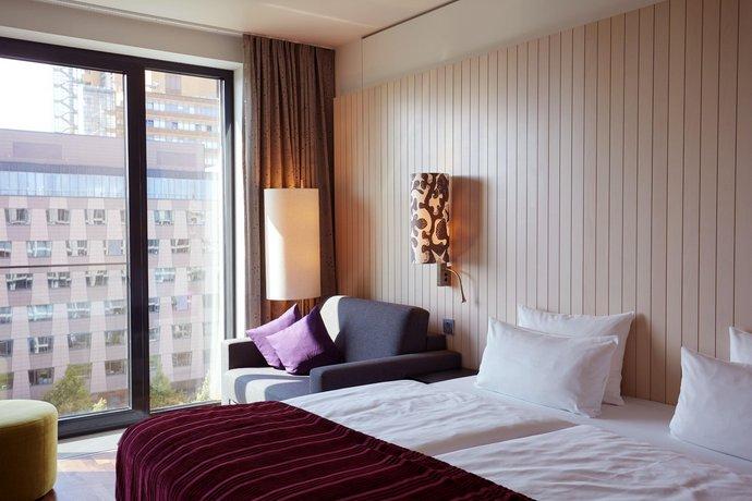 מלון סקנדיק ברלין פוטסדאמר פלאץ (כיכר פוטסדאם) צילום של הוטלס קומביינד - למטייל (1)