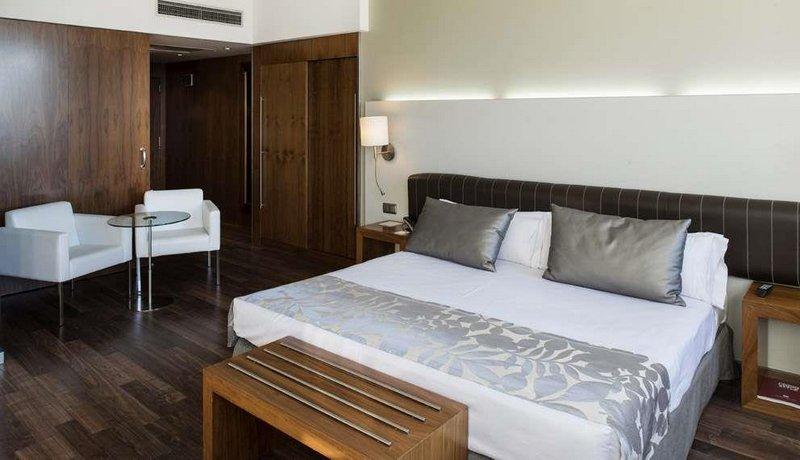 מלון קטלוניה רמבלס צילום של הוטלס קומביינד - למטייל (2)