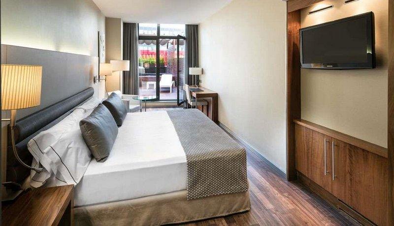 מלון קטלוניה רמבלס צילום של הוטלס קומביינד - למטייל (3)