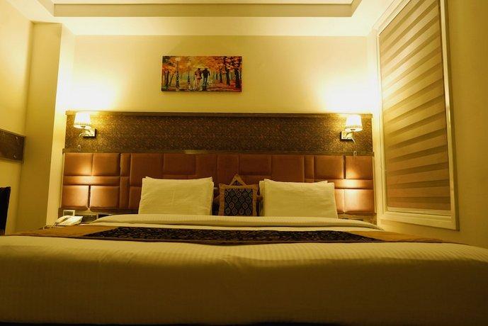 מלון סינג אמפייר דלוקס צילום של הוטלס קומביינד - למטייל (2)