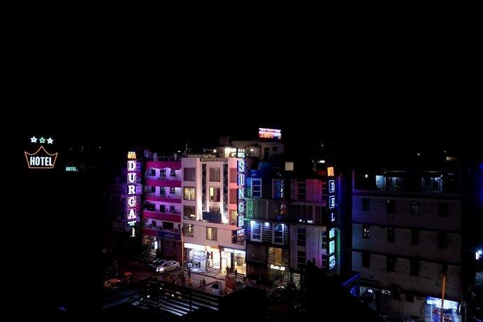 מלון סינג אמפייר דלוקס צילום של הוטלס קומביינד - למטייל (1)