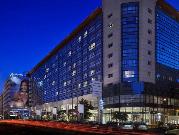 מלון רדיסון בלו בוקרשט צילום של הוטלס קומביינד - למטייל (3)