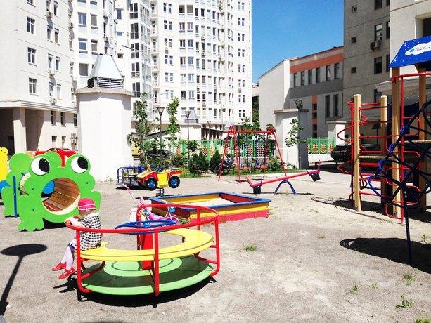 Twin Apart Hotel Kiev צילום של הוטלס קומביינד - למטייל (2)