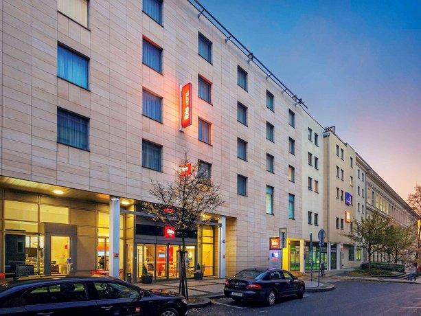 מלון  איביס פראג - כיכר וונססלאס צילום של הוטלס קומביינד - למטייל (1)
