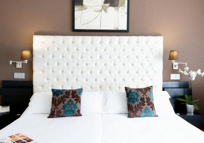 מלון רגינה מדריד צילום של הוטלס קומביינד - למטייל (2)