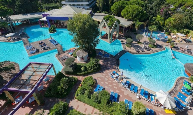 מלון דיוניסוס צילום של הוטלס קומביינד - למטייל (1)