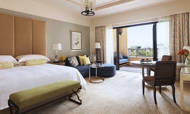 מלון פור סיזנס חוף ג'ומיירה צילום של הוטלס קומביינד - למטייל (3)