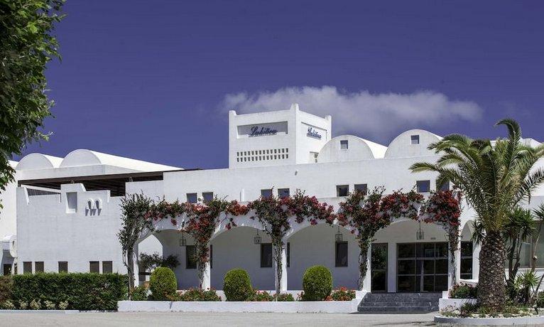 מלון לקיטירה צילום של הוטלס קומביינד - למטייל (1)