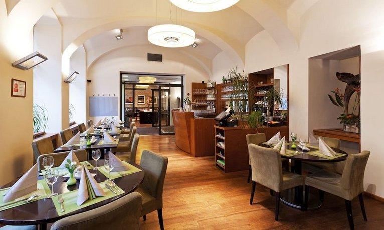 מלון אלווין צילום של הוטלס קומביינד - למטייל (2)