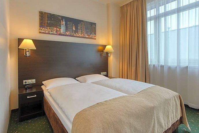 מלון איווברגס פרימיום צילום של הוטלס קומביינד - למטייל (3)