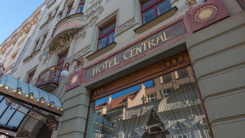 מלון K+K סנטרל צילום של הוטלס קומביינד - למטייל (1)