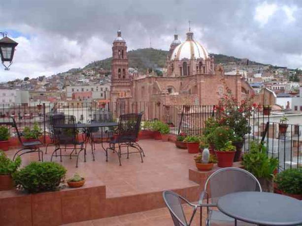 Hostal villa colonial de zacatecas encuentra el mejor precio for Villas universidad zacatecas