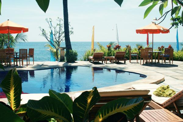 Hotel Poinciana Resort Bali