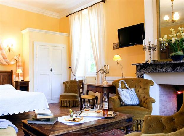 chateau de creissels hotel millau compare deals. Black Bedroom Furniture Sets. Home Design Ideas
