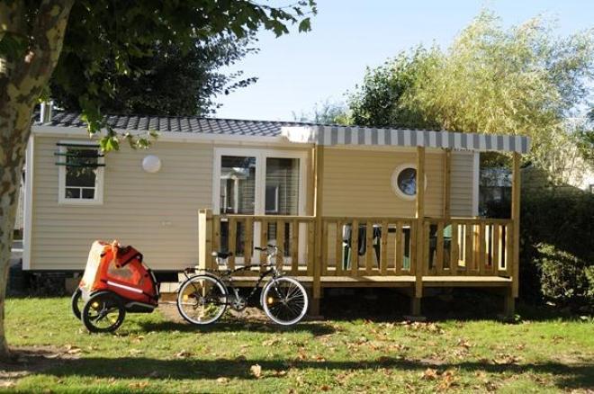 camping le nid d 39 et olonne sur mer comparez les offres. Black Bedroom Furniture Sets. Home Design Ideas