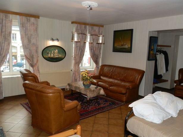 relais lorraine alsace raon l 39 etape compare deals. Black Bedroom Furniture Sets. Home Design Ideas