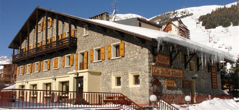 La belle etoile hotel les deux alpes compare deals - La plus belle etoile ...