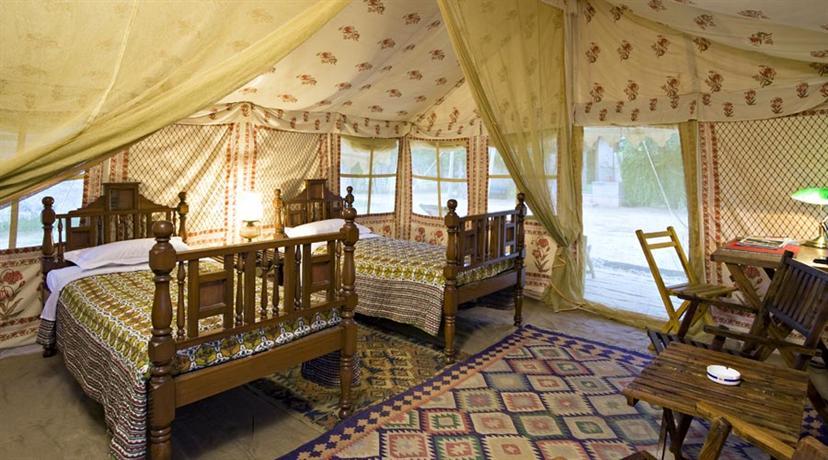 Kanoos Residency