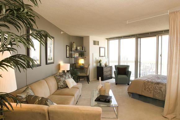 grand plaza luxury apartments chicago compare deals