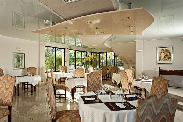 Les Lavandes Hotel - room photo 14332240