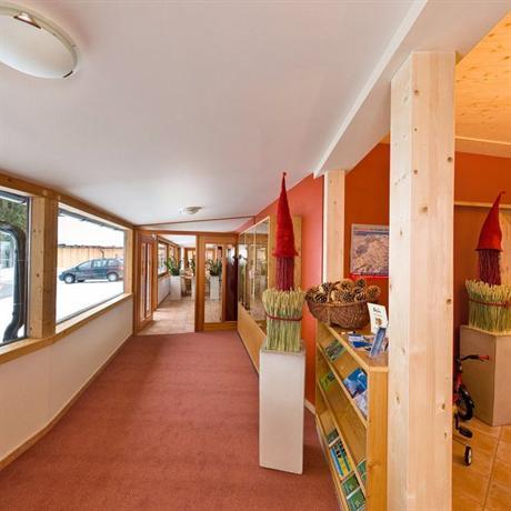 Kinderhotel ramsi erlebniswelt hermagor pressegger see for Design kinderhotel