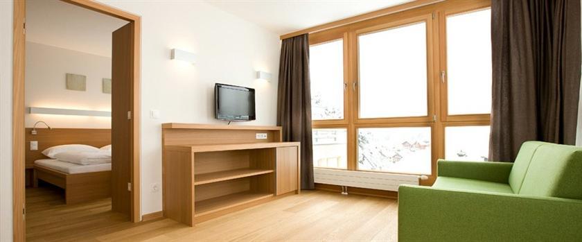 Manggei designhotel obertauern compare deals for Design hotel obertauern