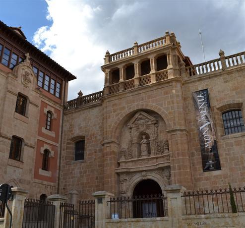 Apartamentos Suites Homes Salamanca Compare Deals