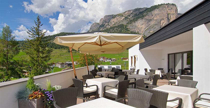 Biancaneve family design hotel wolkenstein in gr den for Wolkenstein design hotel