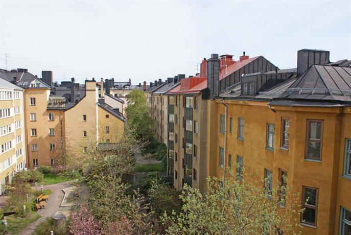 bed and breakfast stockholm at mariatorget compare deals. Black Bedroom Furniture Sets. Home Design Ideas