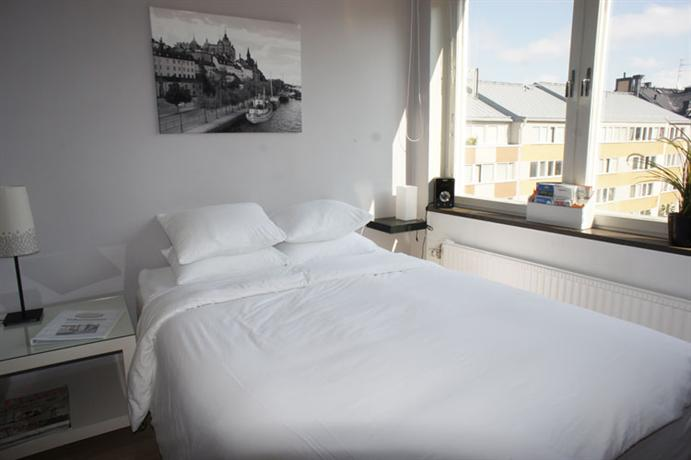 bed and breakfast stockholm at mariatorget compare deals. Black Bedroom Furniture Sets. Home Design Ideas