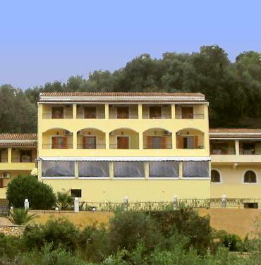 Theo's Hotel