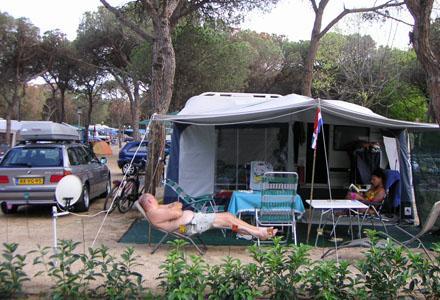 Camping Bella Terra : Camping bella terra blanes compare deals