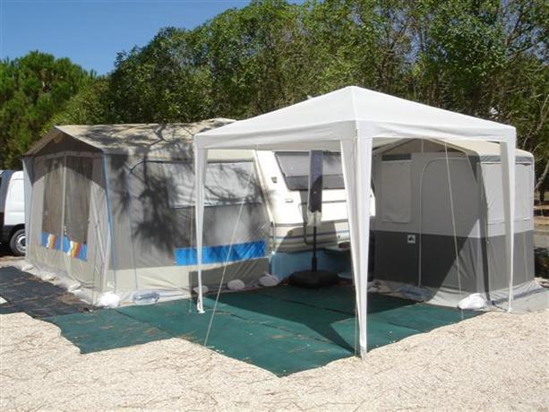 Bungalows at Ericeira Camping
