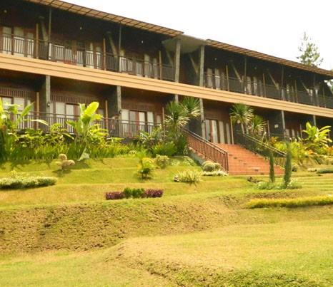 the green forest resort lembang compare deals. Black Bedroom Furniture Sets. Home Design Ideas