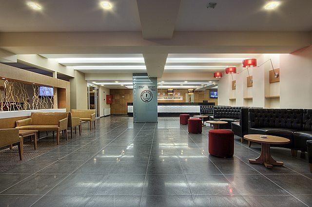 Cerkezkoy Business Hotel  Compare Deals. Blue Jay Lodge. Southview Guest House And Indoor Pool. Tibet Nyingchi Hotel. Hotel Club Frances. The Grove. Golden Coast Hotel. Edenhouse. Meridian Caloundra Accommodation
