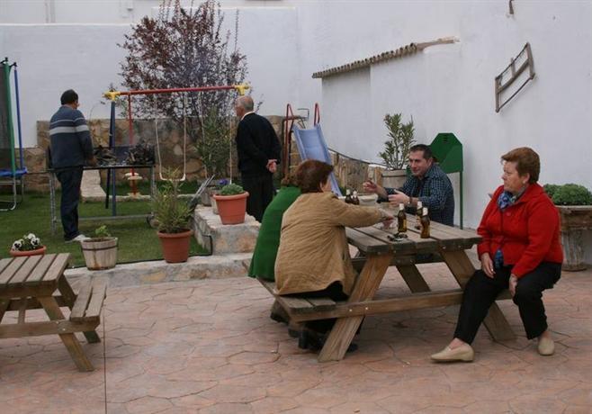Casa rural puerta del agua ucles compare deals - Casa rural tarancon ...