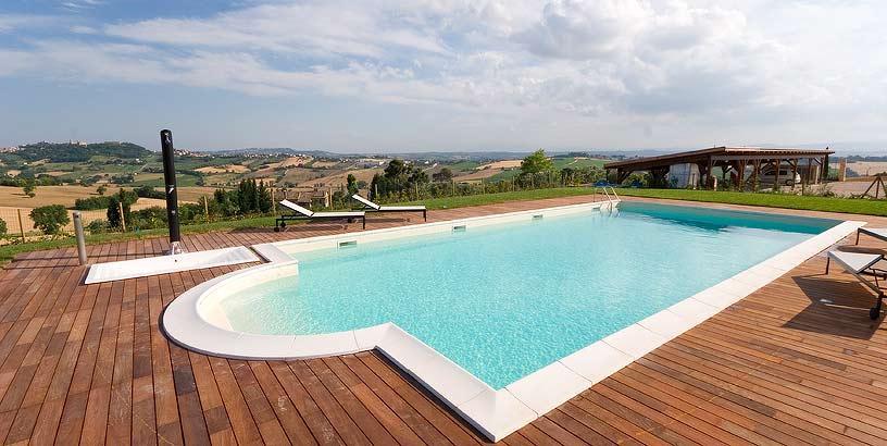Villa coralia osimo offerte in corso for Piscina osimo