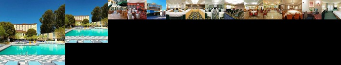 Crowne Plaza Cabana Hotel
