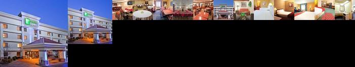 Holiday Inn Express Hotel Fort Campbell-Oak Grove