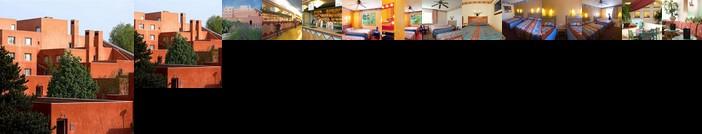 Disney's Hotel Santa Fe r
