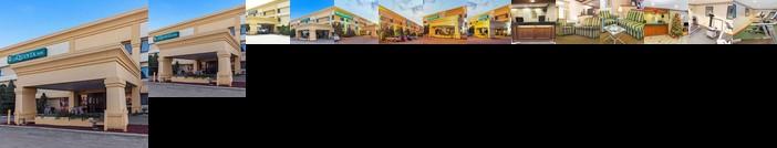 La Quinta Inn Milwaukee Airport / Oak Creek