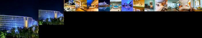 Mundo Imperial Resort