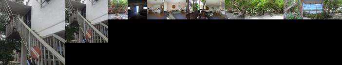 Ed & Ellen's Canal Duplexes w/Dockage - Big Pine Key