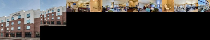 Cobblestone Inn and Suites Waverly