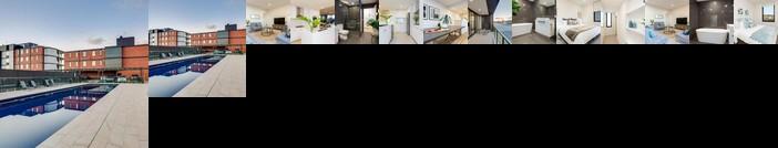 Luxury Four Bedroom Apartment Wagga Wagga